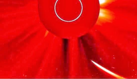 Cometa ISON é destruído ao passar pelo Sol