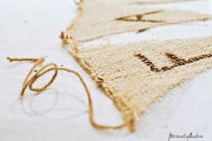 No-Sew Burlap Banner for Fall | personallyandrea.com