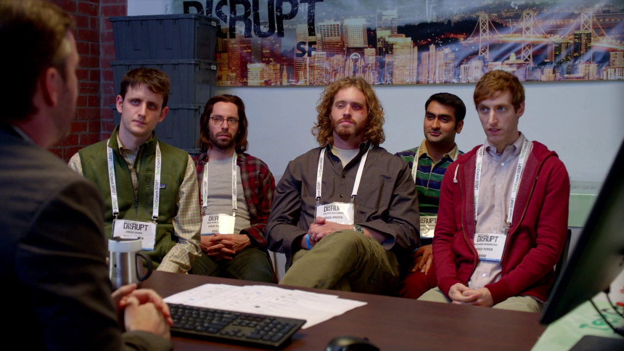 El grupo de Pied Piper, tras el altercado del último episodio de la primera temporada