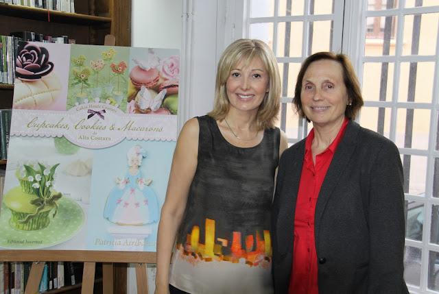 Presentación para Sant Jordi del libro Cupcakes, Cookies & Macarons de Alta Costura