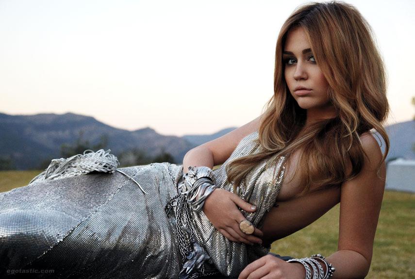 miley cyrus 2011 pictures. Miley Cyrus 2011 Pre-Grammy