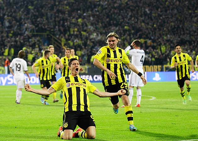inside the d borussia dortmund from the brink of bankruptcy to bundesliga champions and more. Black Bedroom Furniture Sets. Home Design Ideas