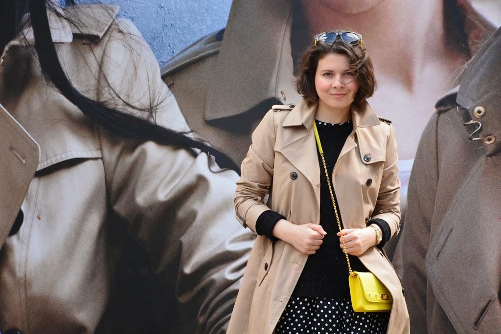 Trench coat, polka dots