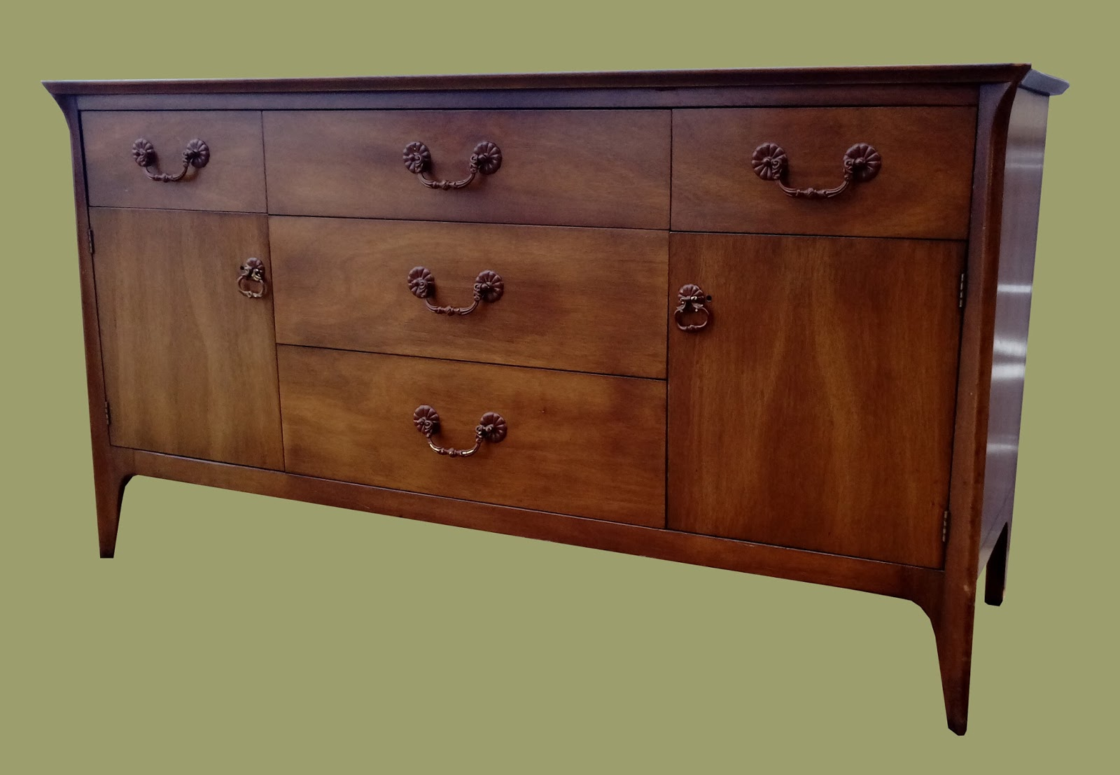 uhuru furniture collectibles midcentury walnut buffet. Black Bedroom Furniture Sets. Home Design Ideas