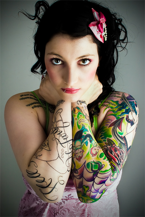 Cute girls sexy tattoos 2012 for Naked tattooed girl