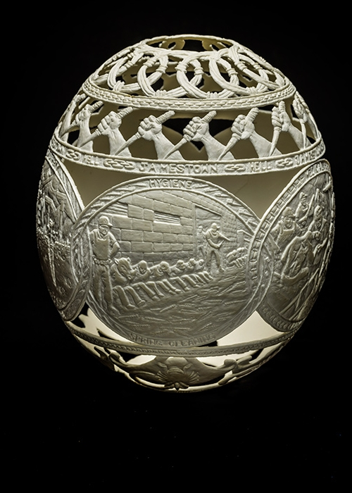 07-Jamestown-Gil-Batle-Hatched-in-Prison-Carvings-on-Ostrich-Eggs-www-designstack-co