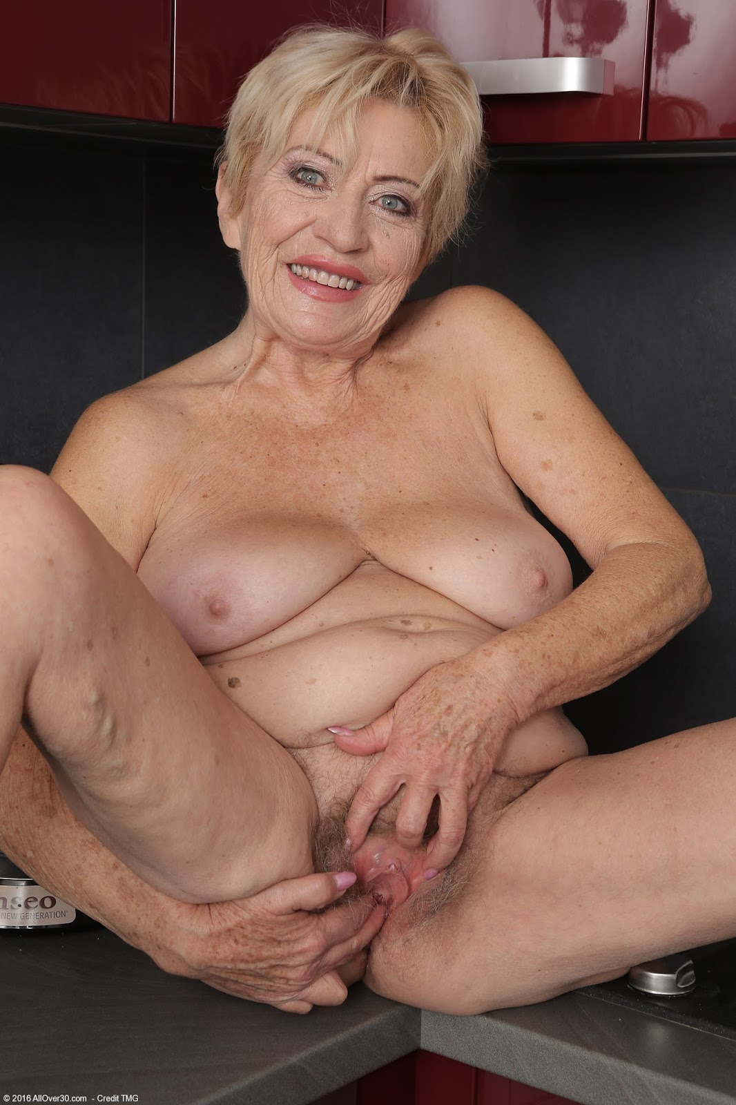 Adele blonde milf with big tits camaster 4