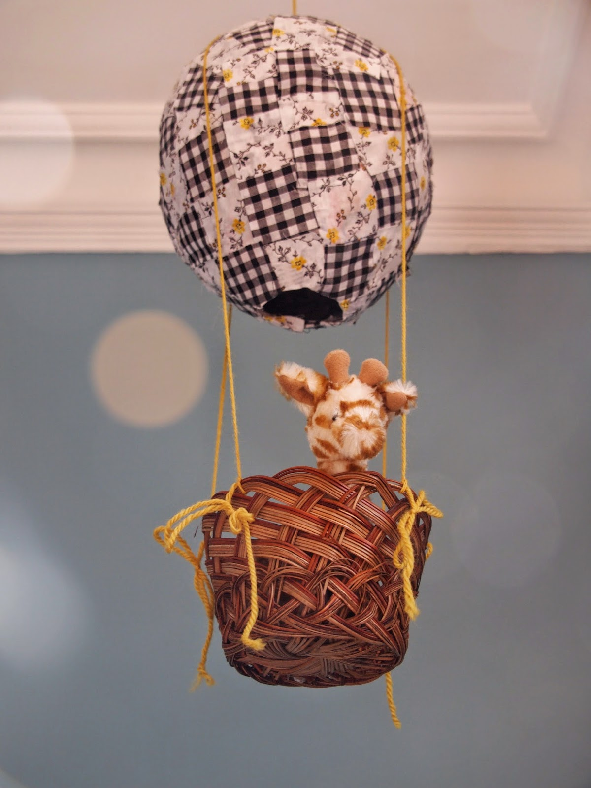 The thrifty challenge mini hot air balloon for How to make a small air balloon