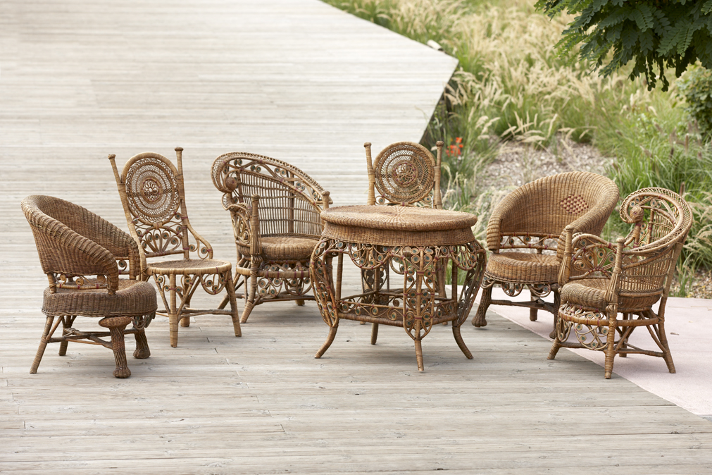 Galerie vauclair la vogue du rotin the rattan vogue - Meuble de jardin rotin ...