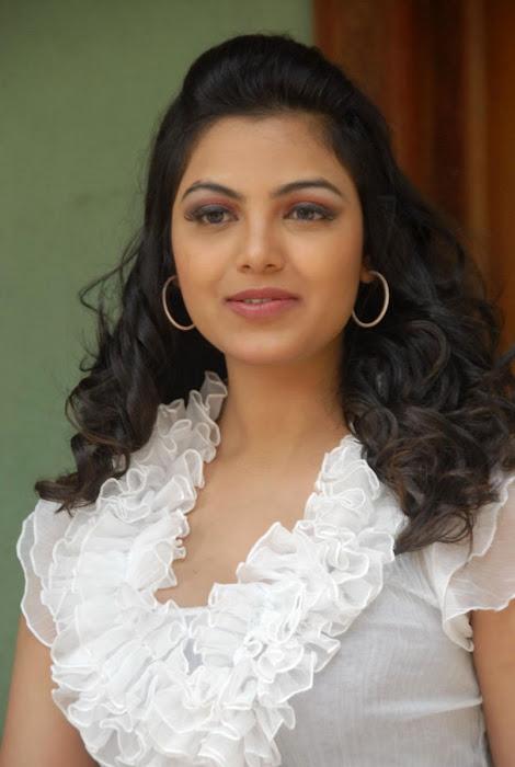 priyanka tiwari new , unseen pics