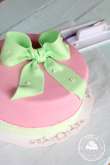 Leivontakurssi sokerimassakakku