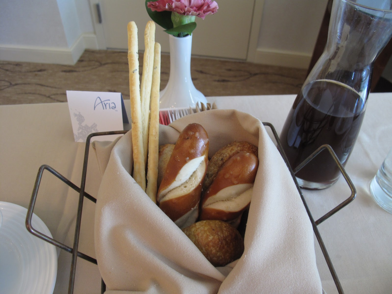The Breadsticks And Pretzel Bread That Aria Room Service Always Brings Is  Yummy. Hereu0027s A Tip About Their Ice Tea, If You Order A Glass They Still  Bring It ... Part 62