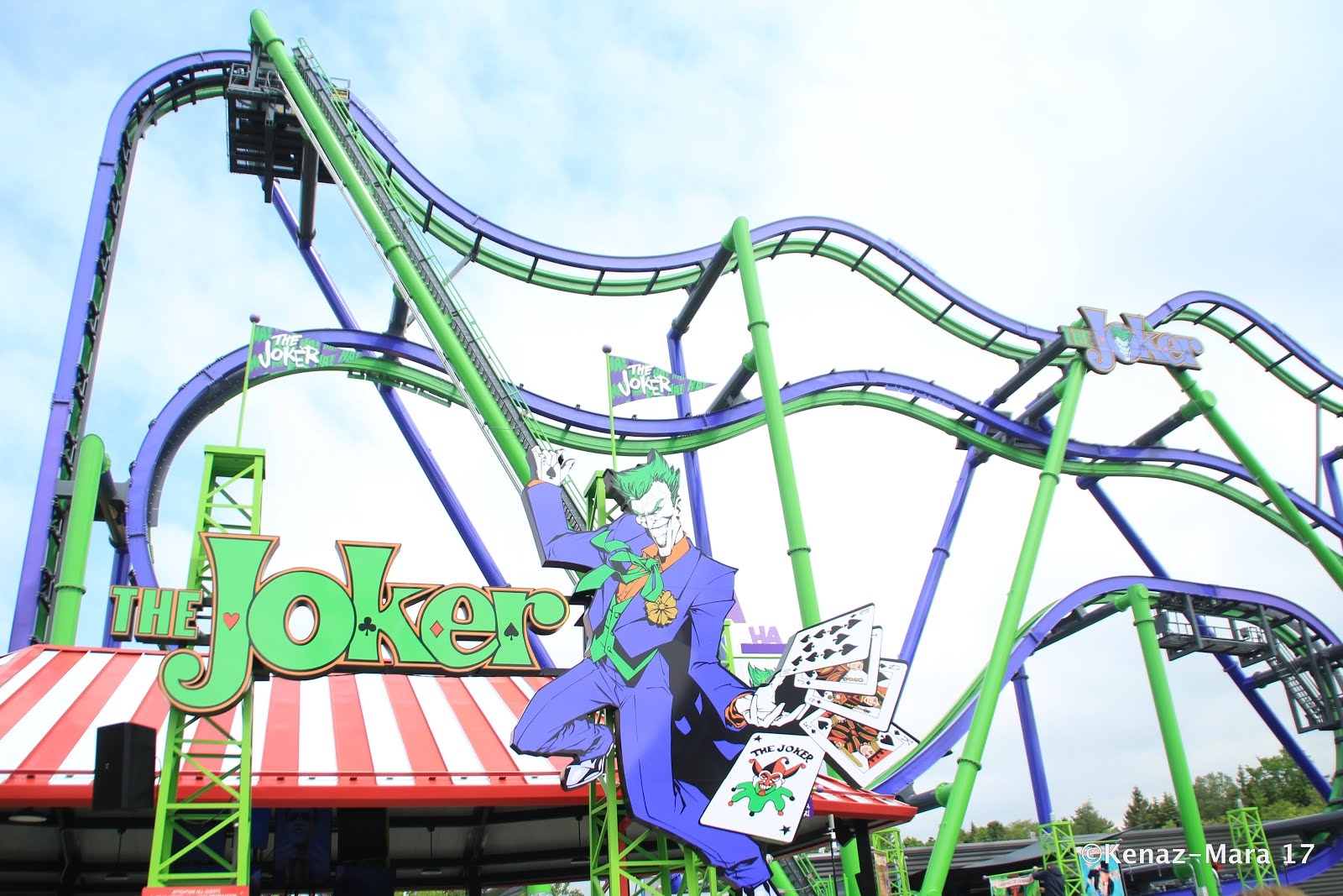 Chiil mama the joker rollercoaster at six flags great america is weve long been fans of six flags great america and its always a treat to get to be some of the first riders whenever they open a new coaster or ride kristyandbryce Image collections