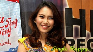 Single Happy Lagu Ayu Ting Ting Terbaru 2012