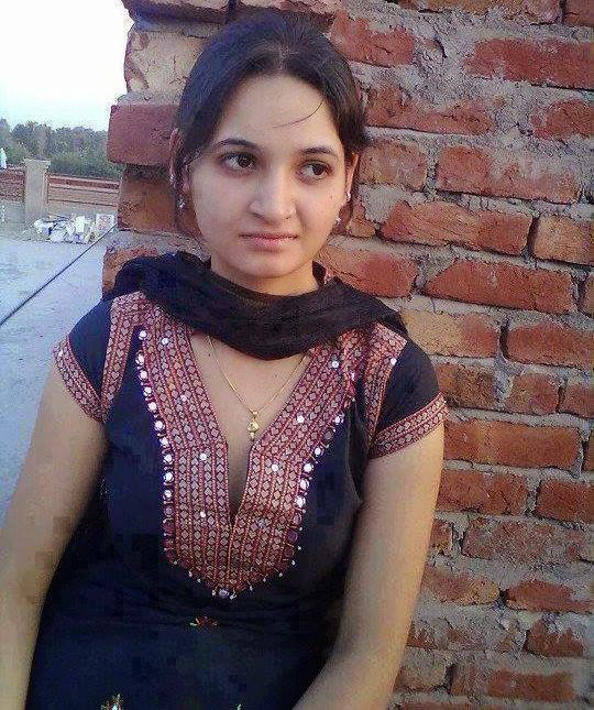 lahori-girl-sex-aniston-fake-masturbating