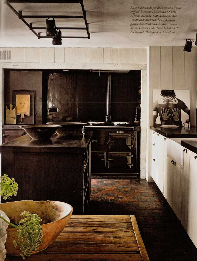 interior rustico minimalista en bélgica cocina tradicional negra