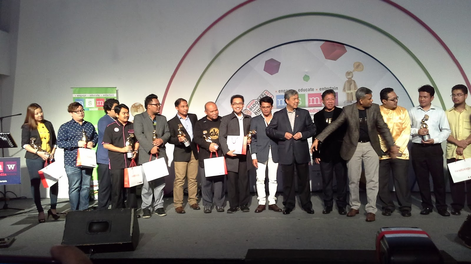 CiKGUHAiLMi Menang Best Educational Blog MSMW 2014!