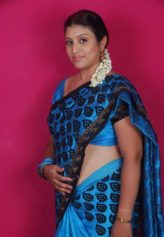 Tollywood Masala Actress UMA Hot Saree Images Collection ...