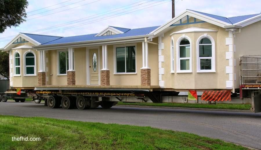 Casa móvil americana en transporte