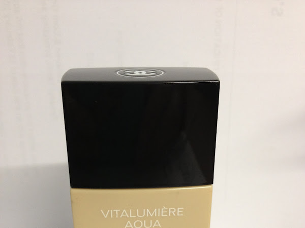 Chanel Vitalumiere Aqua Foundation Review | Beauty