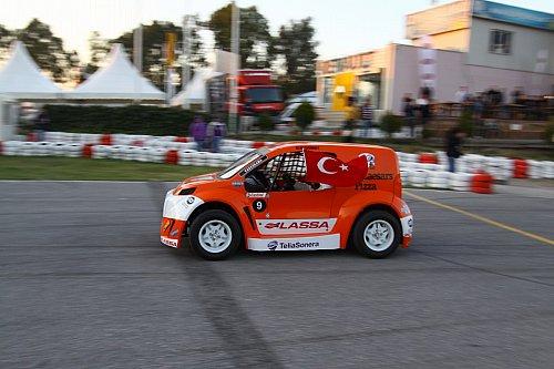 Zafer Bayramı nda yerli otomobil yarışı