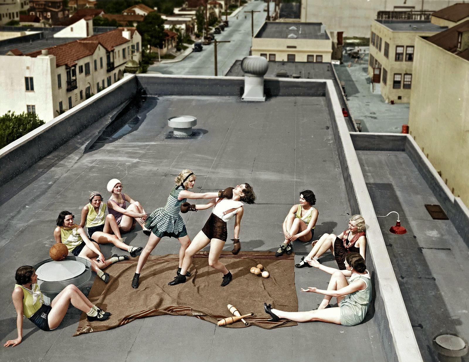 women boxing on a roof 1938