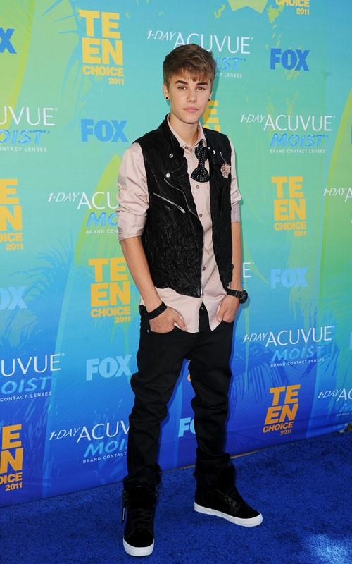 Teencelebbuzz Justin Bieber 2011 Teen Choice Awards