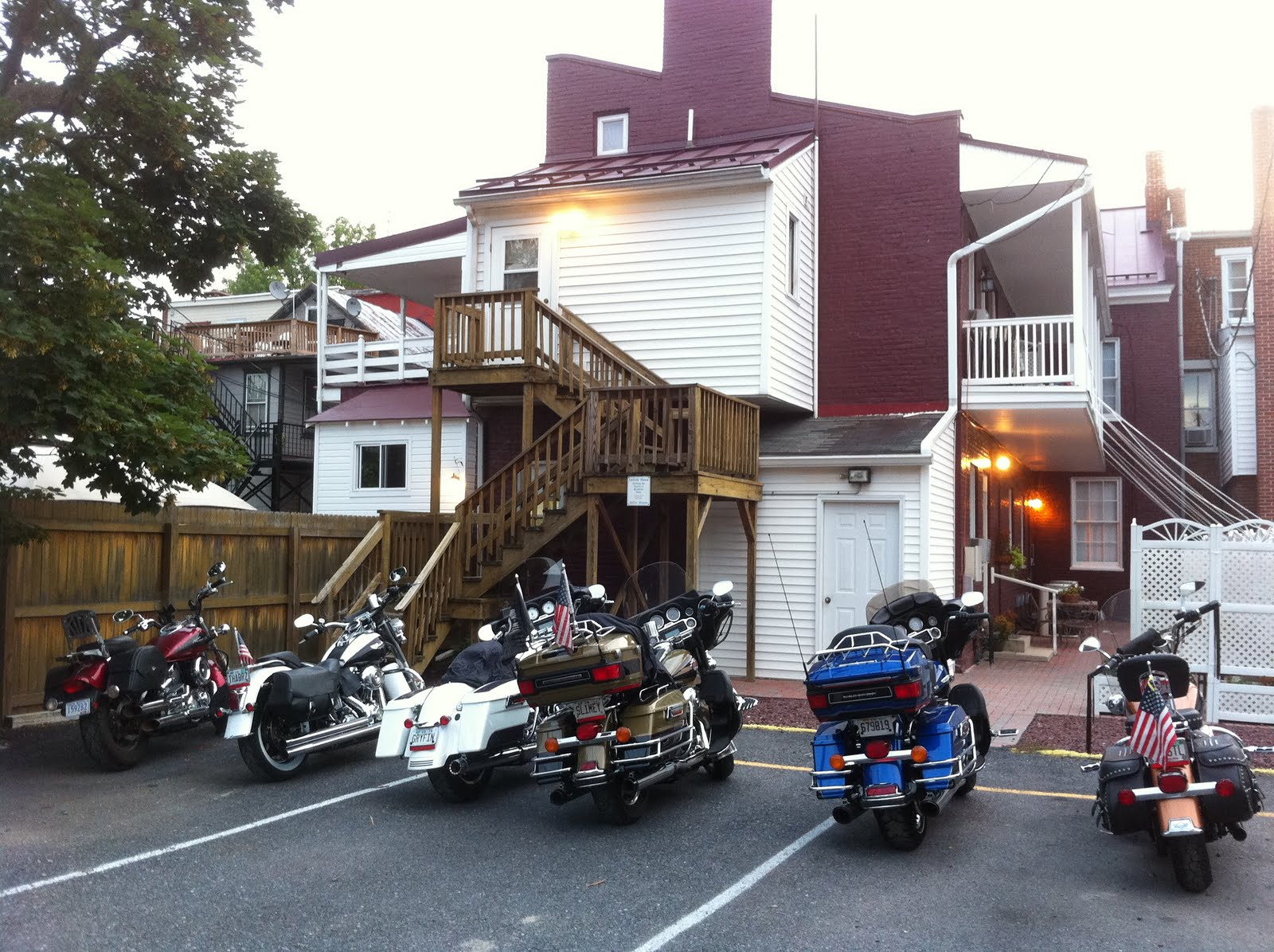 Carlisle house bed breakfast blog the bikes are back in for The carlisle house