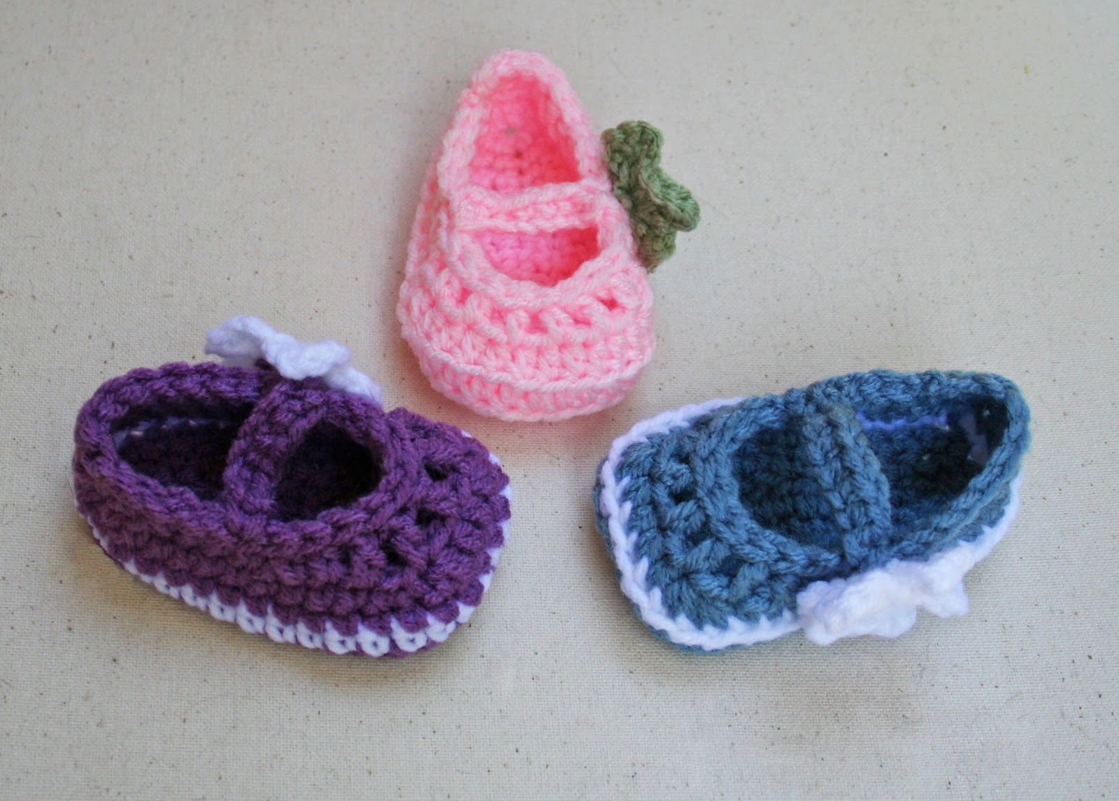 Crochet Pattern For A Baby Jacket : Tampa Bay Crochet: Free Pattern Mary Jane Skimmer Booties
