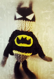 http://www.knitsbybritt.com/2012/08/knit-batman-doll.html