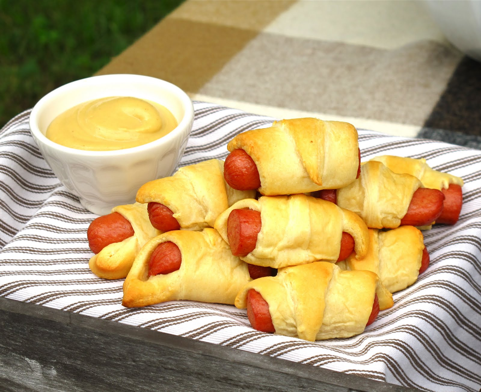 Jenny Steffens Hobick Game Day Tailgate Party Recipes