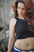 Reena Bhatia glamorous photos-thumbnail-20