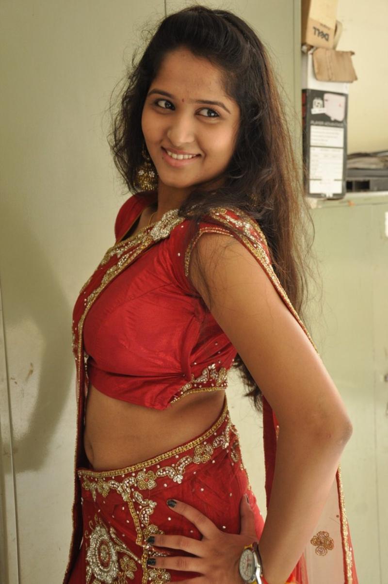 Jayanthi Hot Saree Stills ~ Telugu Clue - Latest Movie News, Movie ... Naan Sigappu Manithan Lakshmi Menon Hot Stills