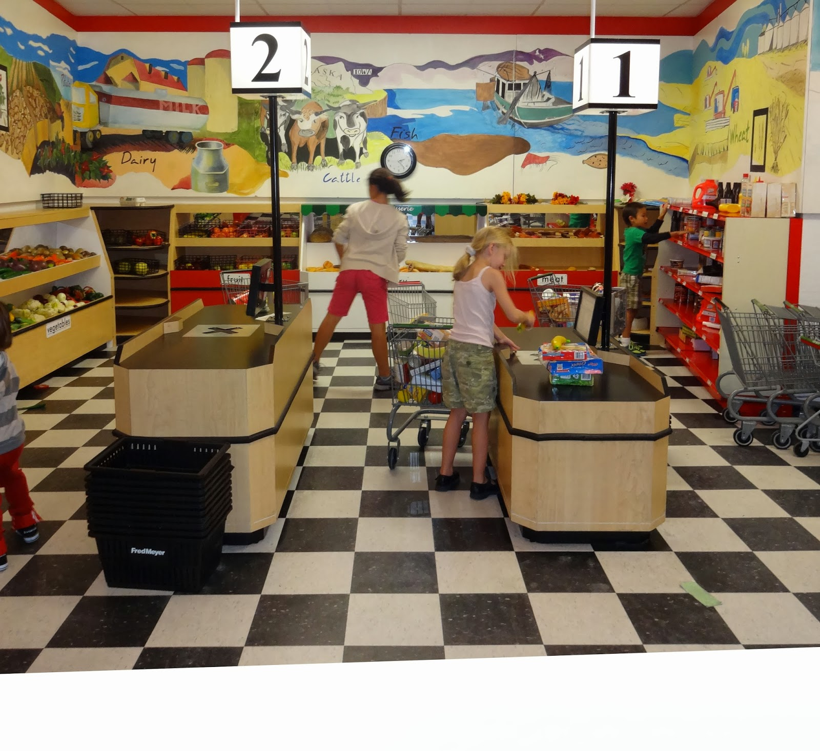 Boise Daily Photo: Busy Grocery Store - Just for Kids