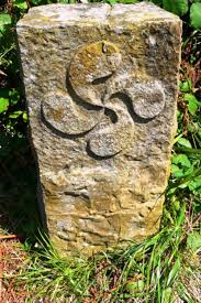 LAUBURU * Signo SOLAR celta