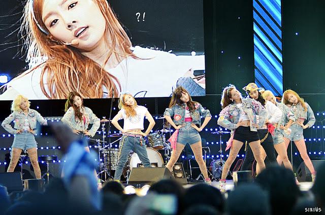 Girls' Generation Performs at Yonsei University's 'Akaraka Festival'
