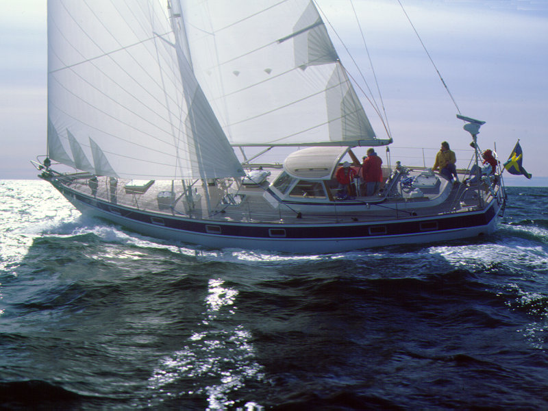 Hallberg Rassy 49 (1982-1997). Posted by robiflinstone at 14:08