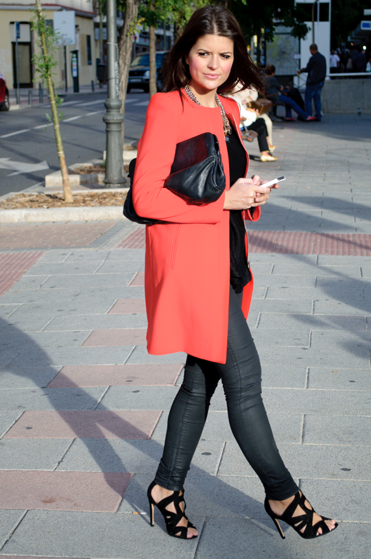 Abriguito Muy Este Zara Rojo Hoy Traigo Que Tiene Encanta Lady Precioso Indiscutible De Os Corte Protagonista Me Un Es Cuyo Look T8AnTvB