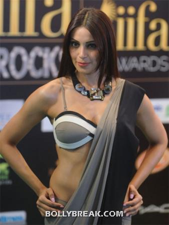 bipasha takes all the attention to her body, but we can stillappreciate that choker style simple piece that she has on.  - Celeb style sense- from Bipasha Basu to Katrina Kaif