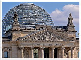 [Bild: BundestagKuppel.jpg]