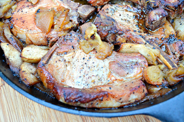 Pork-Chops-With-Apples-Sage-Rosemary-And-Garlic.jpg