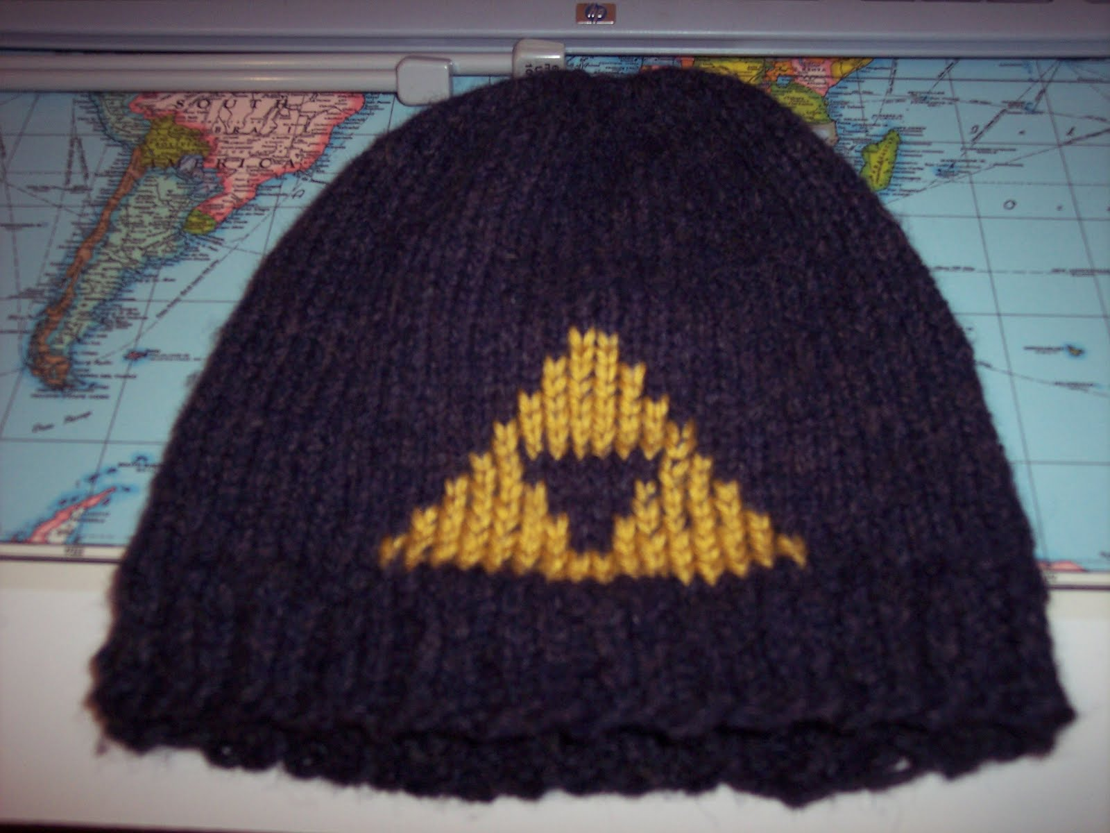 Project I.Am.Abbey: Nerd Knits: Legend of Zelda Triforce ...