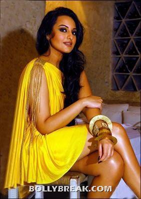 Sonakshi Sinha Cross Legs - Thighs - (7) - Sonakshi Sinha Thighs , Legs Pics