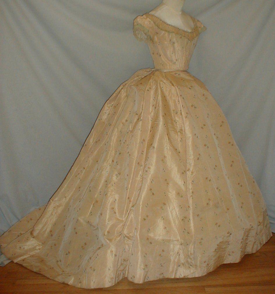 All The Pretty Dresses: American Civil War Era Sweet Looking Ballgown