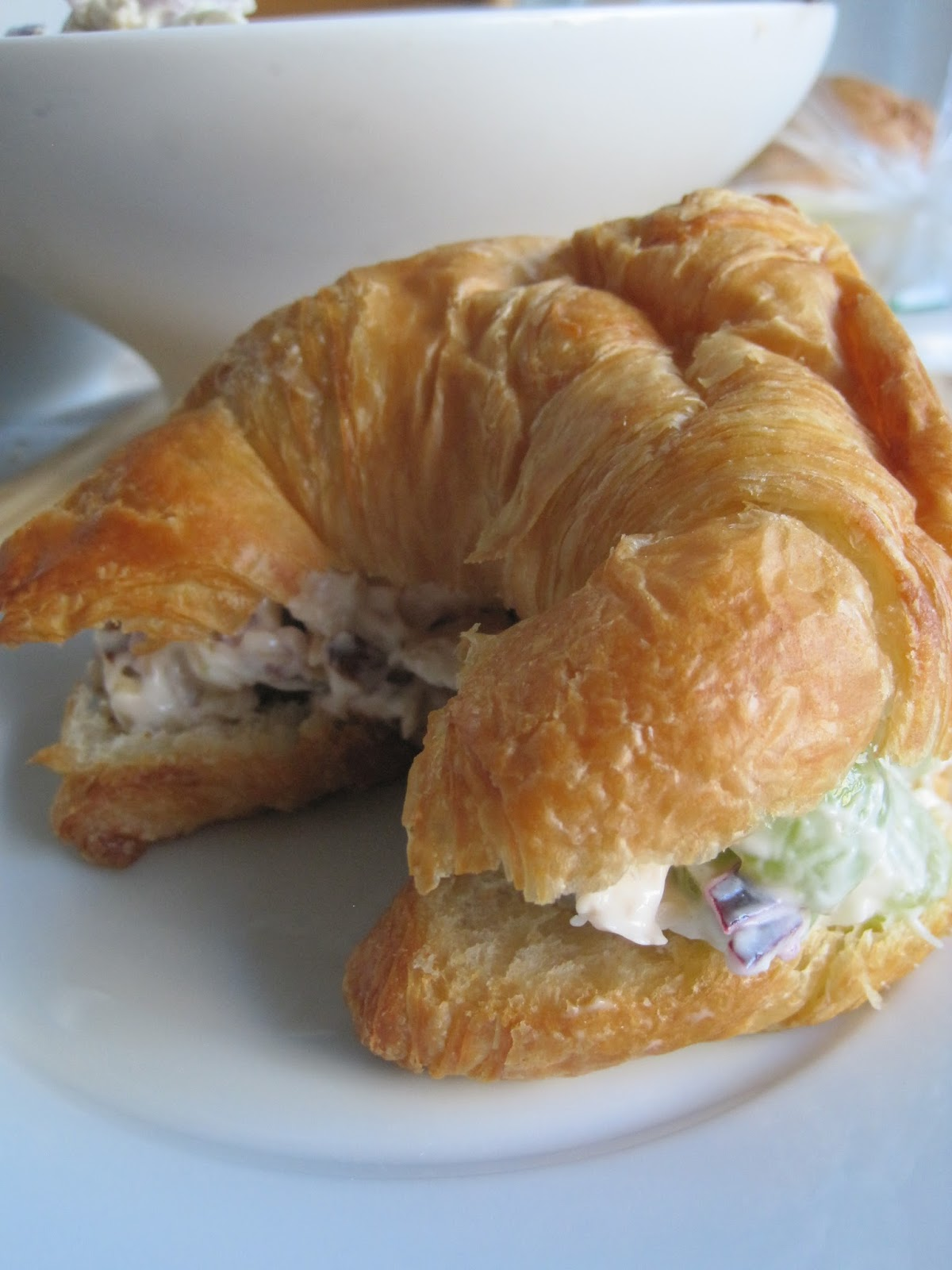 how to make chicken salad sandwich with grapes