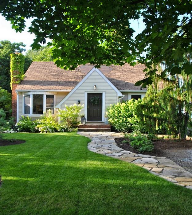 Lovely deco une jolie maison verdoyante for Jolie decoration maison