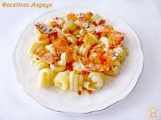 http://recetinesasgaya.blogspot.com.es/2014/05/pasta-con-salmon-marinado-y-caviar-de.html