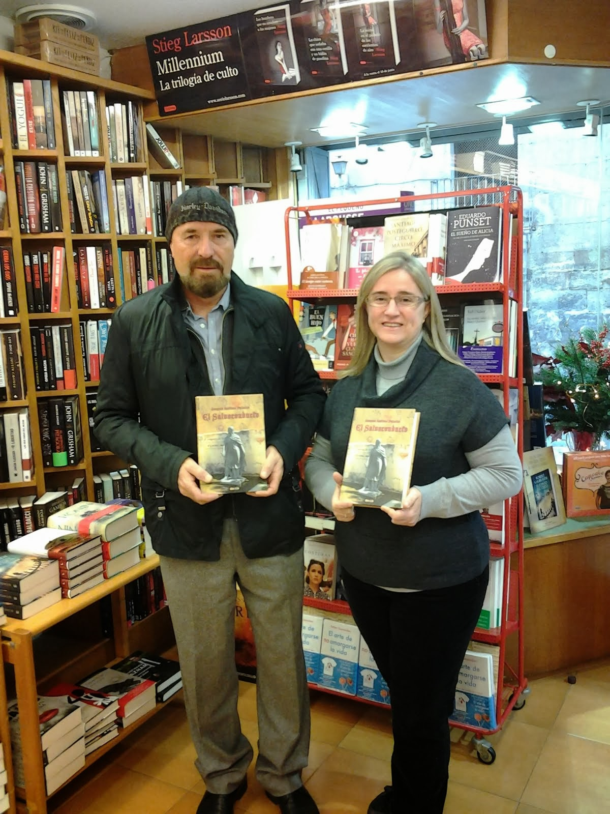 Con Amparo, librería Séneca (Elche).