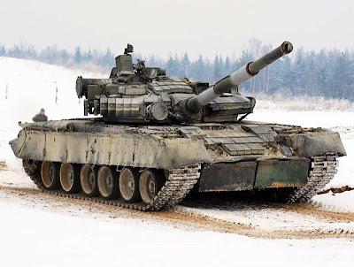 عودة التفوق الروسي البري من جديد , الحلم الروسي T-14 T-80U%252BSoviet%252BMain%252BBattle%252BTank