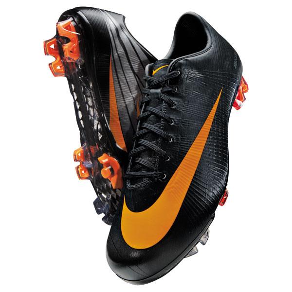 botas nike naranjas y negras